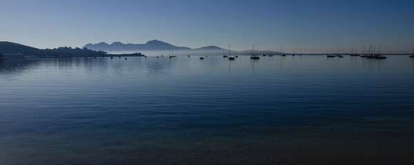 Dawn In The Bay Of Pollensa Canvas print by Gerry Greer