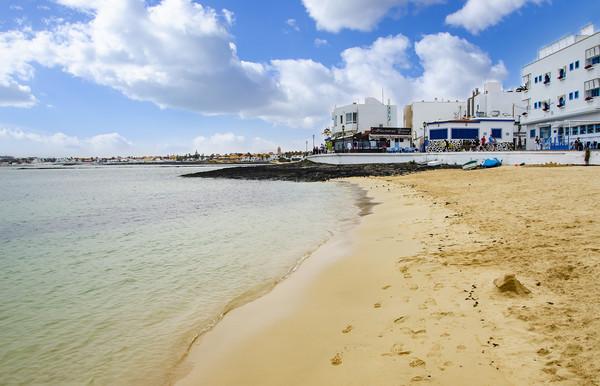 Playa Corralejo Fuerteventura Canvas Print by Gerry Greer