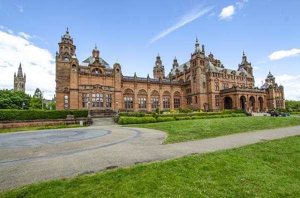 Glasgow Kelvingrove Art Gallery and Museum Scotlan Canvas print by Gerry Greer