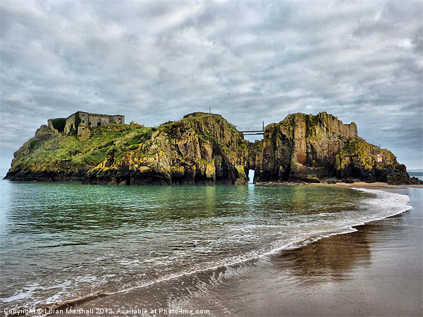 St Catherines Island Tenby Canvas print by Lilian Marshall