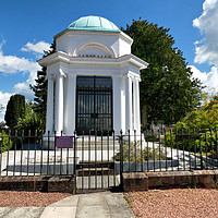 Buy canvas prints of Robert Burns Mausoleum by Lilian Marshall