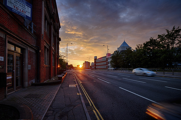 Sunset On Queen's Road Canvas print by Rus Ki