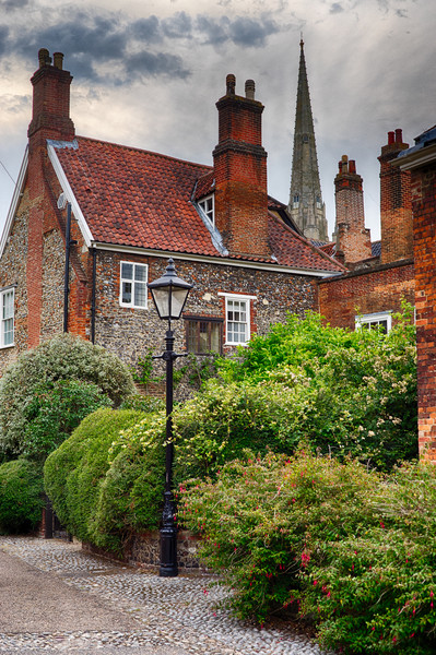 Ferry Lane, Lower Close, Norwich Canvas Print by Rus Ki