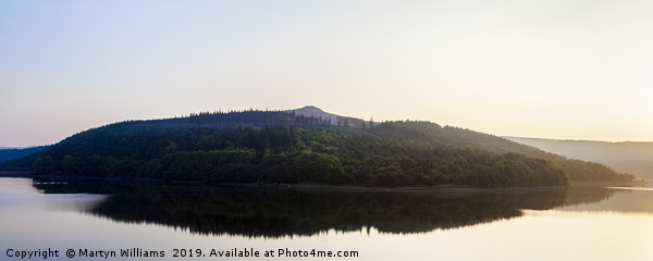 Ladybower Reservoir And Win Hill Canvas print by Martyn Williams