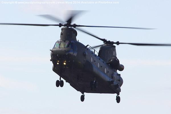 RAF CH-47 Chinook Canvas print by www.jwardphotography.com James Ward