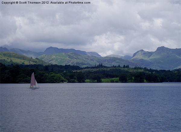 Yacht on Lake Windermere Canvas print by Scott Thomson