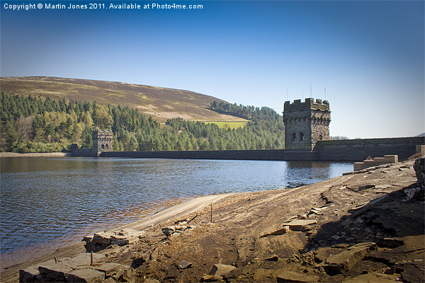 Derwent Dam Canvas print by Martin Jones