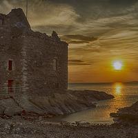 Buy canvas prints of Portencross Castle by Geo Harris