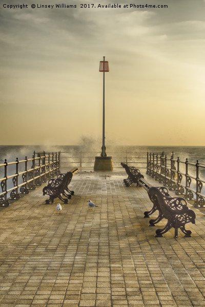 Sunrise over Swanage Jetty Canvas print by Linsey Williams