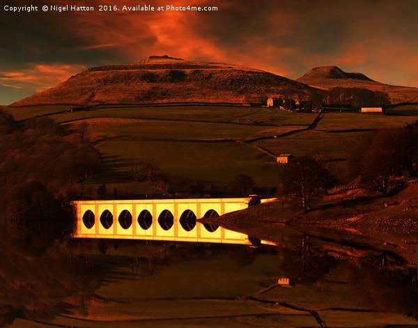 Crook Hill sunrise Canvas print by Nigel Hatton