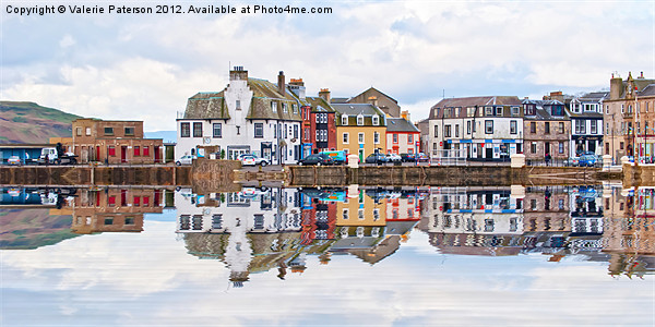 Millport Town Canvas print by Valerie Paterson