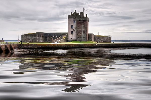 Broughty Castle  Canvas print by Valerie Paterson