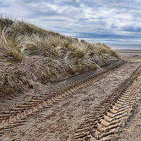 Buy canvas prints of Irvine Beach by Valerie Paterson