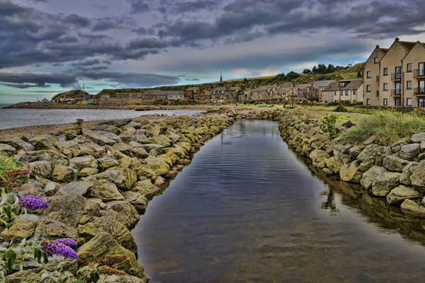 Stonehaven Canvas print by Valerie Paterson