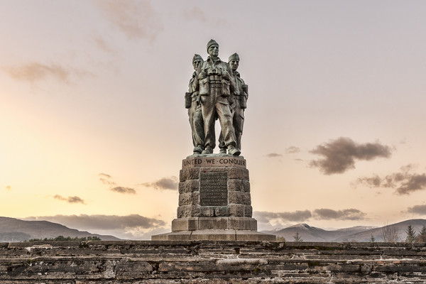 Commando Memorial Canvas print by Valerie Paterson