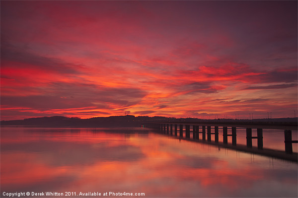 River Tay Sunrise Dundee Canvas print by Derek Whitton Landscape Photography