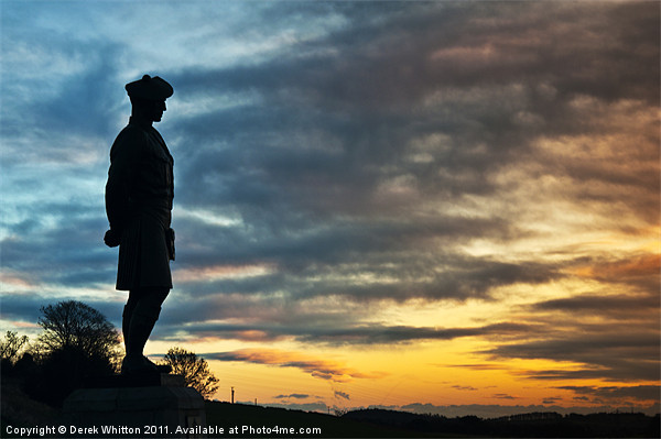 Black Watch Memorial, Dundee Canvas Print by Derek Whitton Landscape Photography
