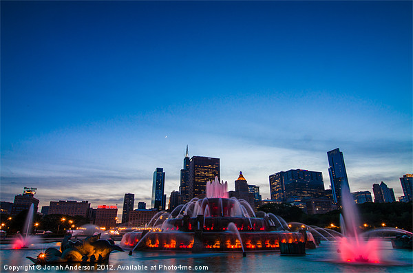 Buckingham Fountain at Sunset Canvas print by Banjiwayume Photography
