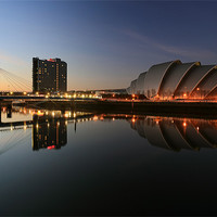 Buy canvas prints of Glasgow Clyde by Scottish Landscape and Wildlife Canvas Print