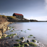 Buy canvas prints of  Kintyre Boathouse by Scottish Landscape and Wildlife Canvas Print