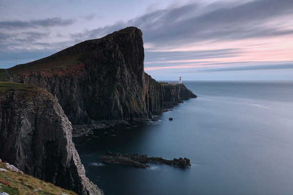 Neist Point Sunset - Isle of Skye Canvas Print by Grant Glendinning