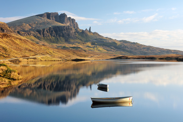 Storr reflection Canvas Print by Grant Glendinning