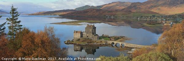 Eilean Donan Castle - Panorama Canvas print by Maria Gaellman