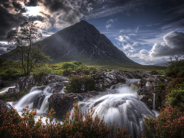 Buachaille Etive Mor Canvas print by Paul Messenger