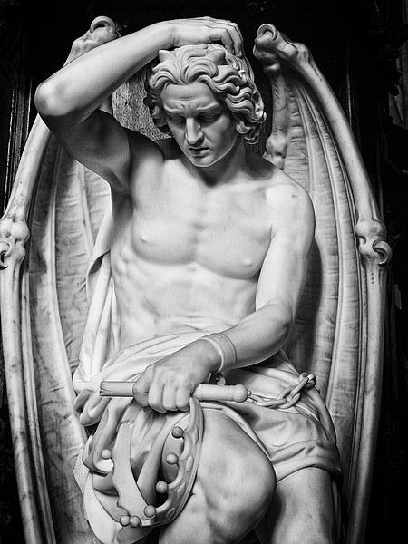 fallen angel Canvas print by Jo Beerens