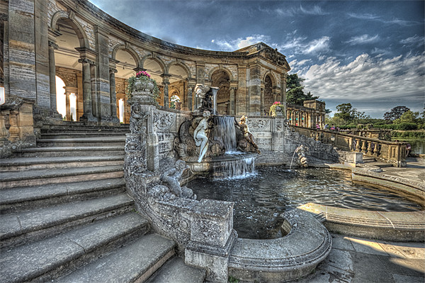 Loggia and fountain Canvas Print by DSLR Creations