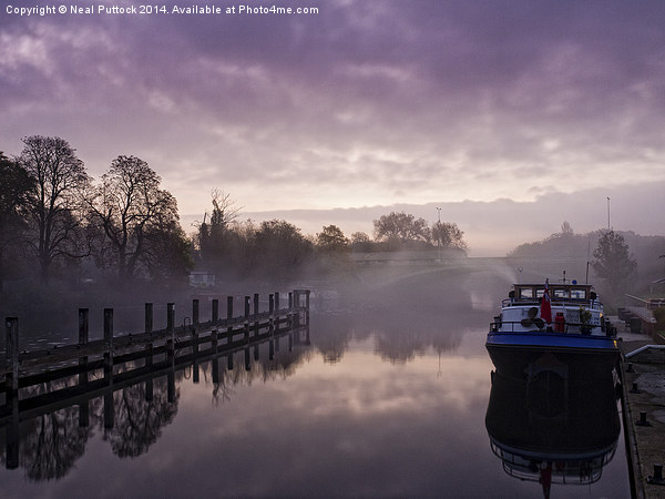 Misty Morning on the Thames Canvas print by Neal Puttock