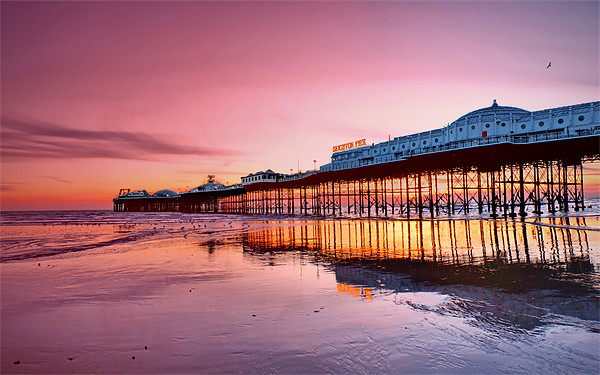 Brighton Pier Canvas print by Phil Clements
