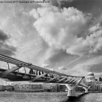 Buy canvas prints of MILLENNIUM BRIDGE by Helen Cullens