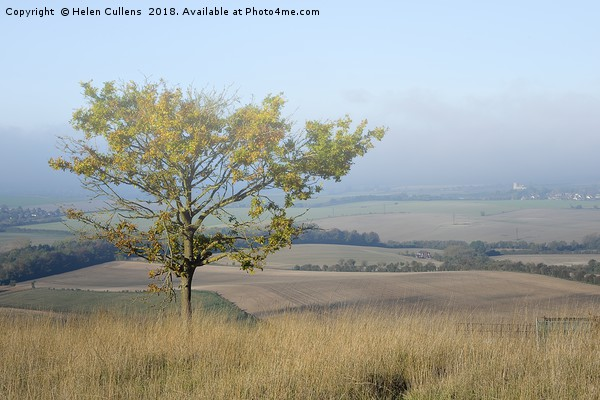 Mist over the Vale of Aylesbury                    Canvas Print by Helen Cullens