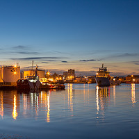 Buy canvas prints of Aberdeen Coloured Gold by Bill Buchan