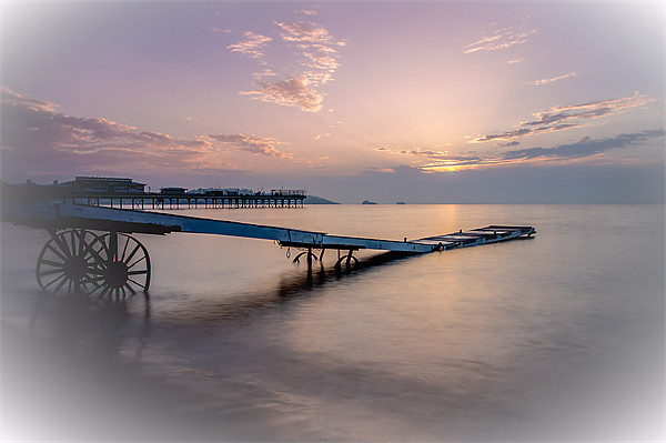 Paignton in pink Canvas print by kevin wise