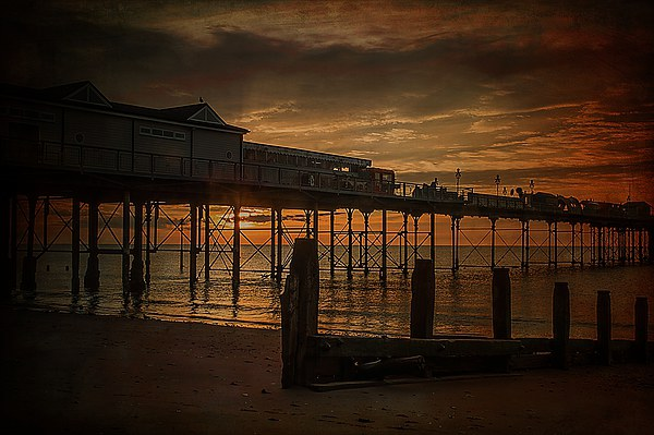 Teignmouth Sunrise Canvas print by kevin wise