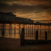 Buy canvas prints of Teignmouth Sunrise by kevin wise