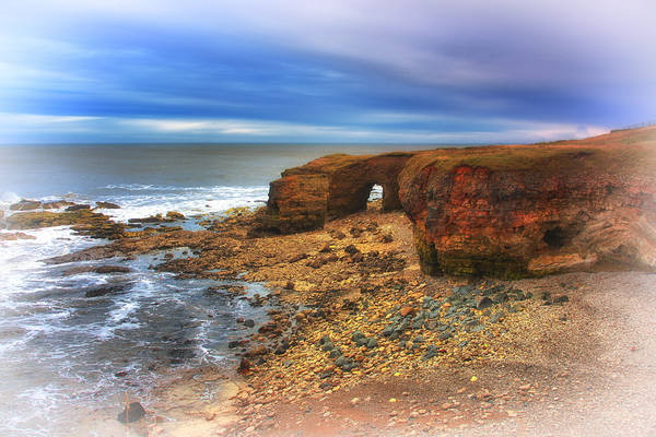 Whitburn Arch 1 Canvas Print by kevin wise