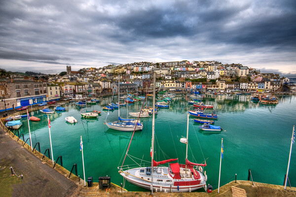 Colours of Brixham Canvas Print by kevin wise