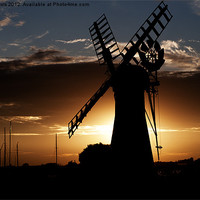 Buy canvas prints of Thurne Mill by Paul Davis