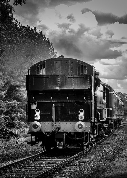 Loco arriving Canvas print by Paul Holman Photography