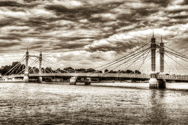 The Albert Bridge London Canvas print by David Pyatt