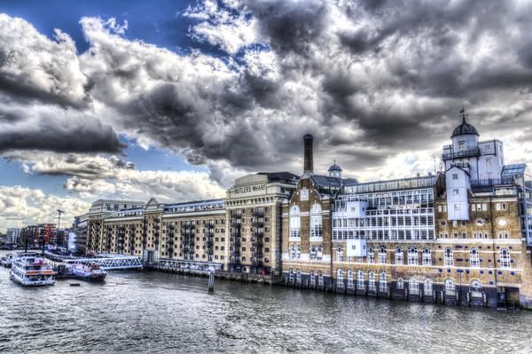 Butlers Wharf London Canvas print by David Pyatt