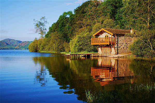 Duke of portlands boathouse Ullswater Canvas print by eric carpenter