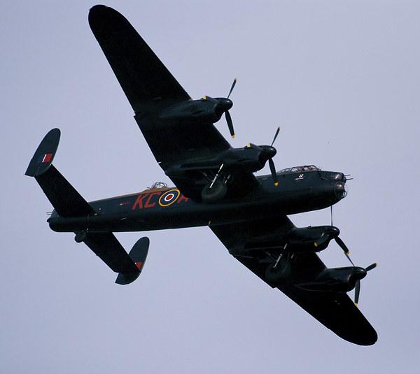 Avro Lancaster Battle of Britain flight Canvas Print by eric carpenter