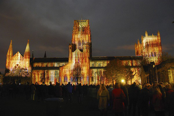 Durham Cathedral Lumiere Canvas print by eric carpenter
