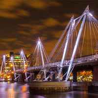 Buy canvas prints of Hungerford Bridge London by Clive Eariss