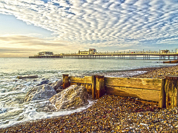 Worthing West Sussex Canvas print by Clive Eariss