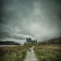Buy canvas prints of Kilchurn Castle by Fraser Hetherington